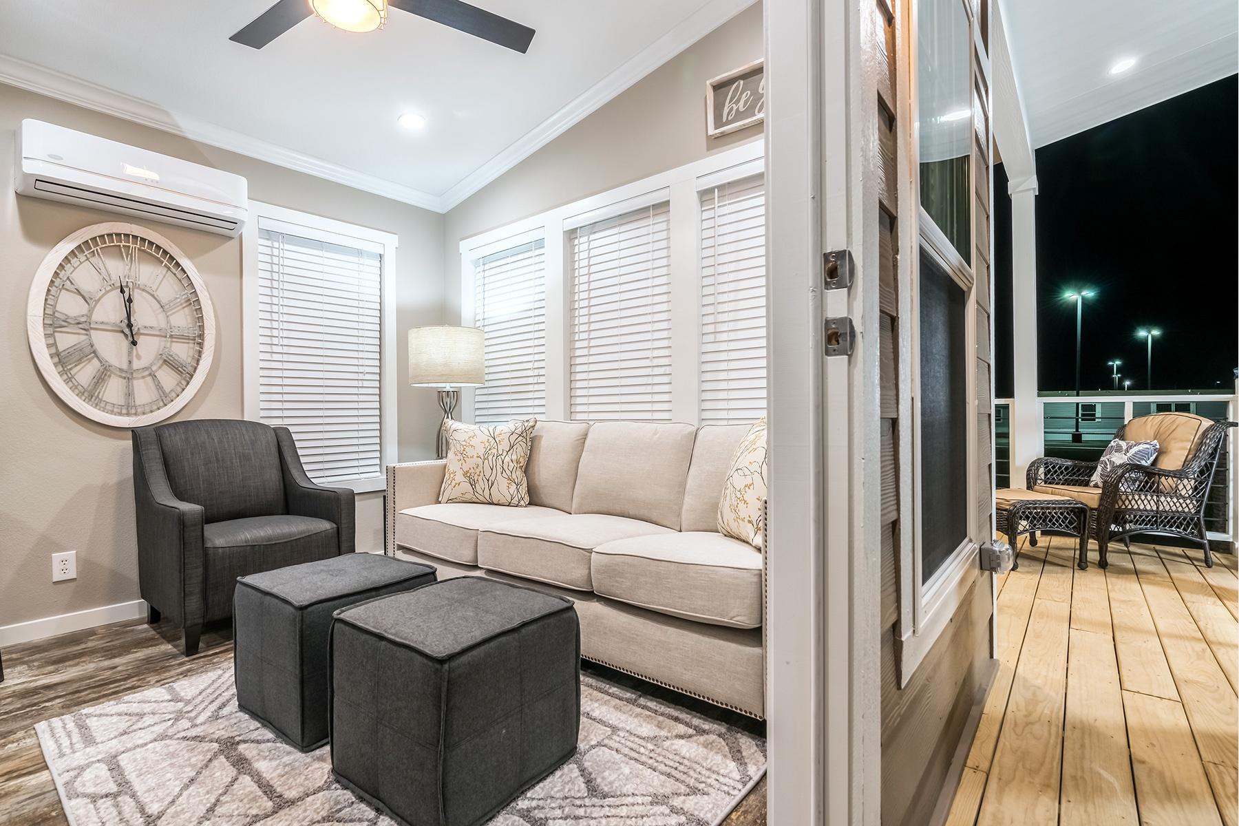 APH-520-living-room-porch.jpg