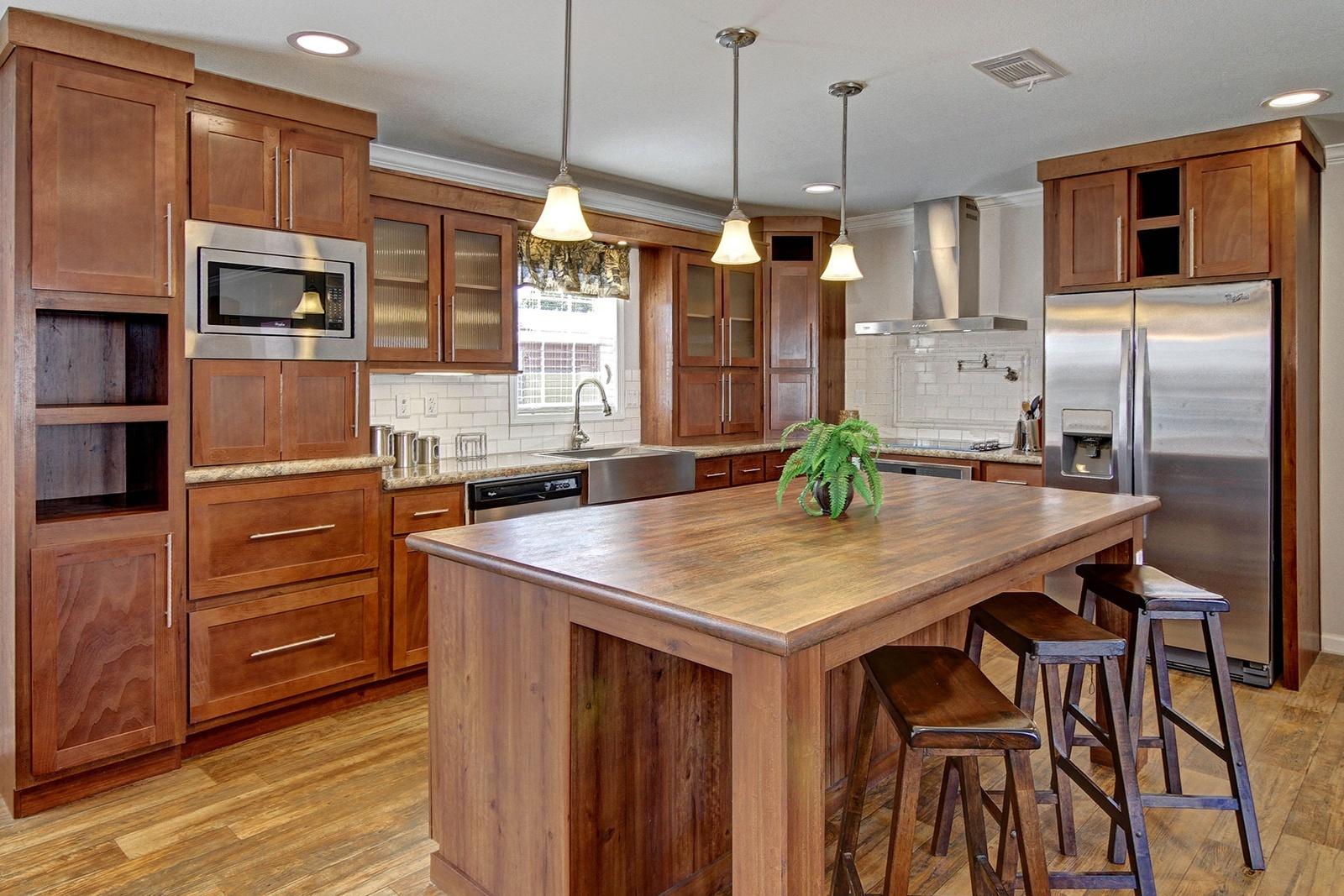 hillcrest-ultimate-kitchen2-1-1600x1067.jpg